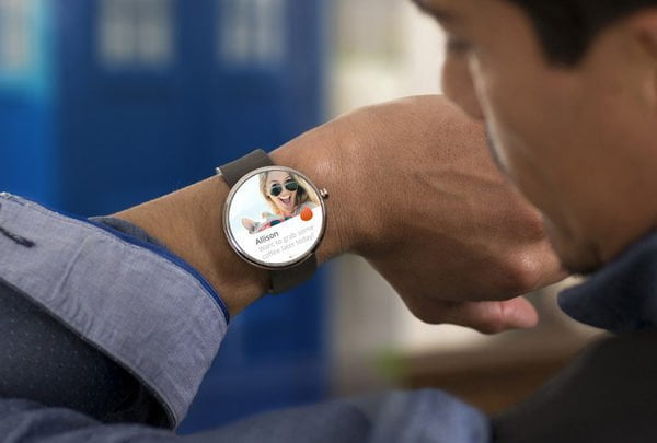 tinder_android-wear-moto360