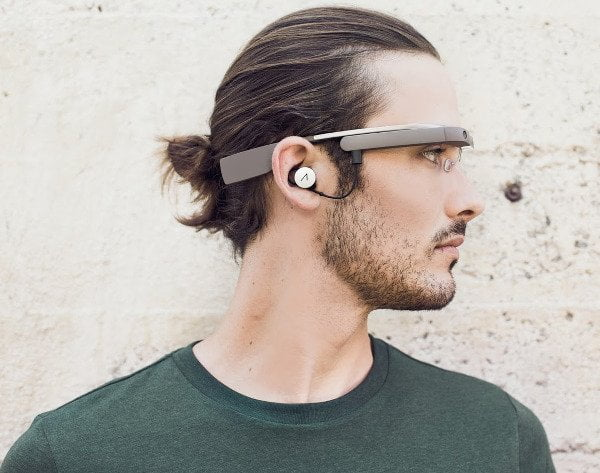 google-glass-man-2