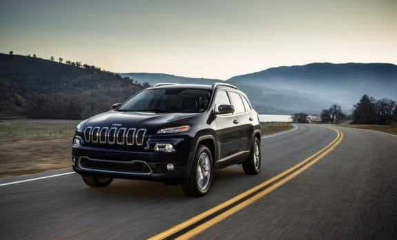 Jeep-Cherokee-on-road-582x386