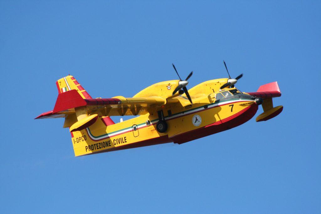 avion eau incendie innovation