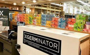 Xgerminator : un stérilisateur UV sur le tapis de caisse d'un supermarché