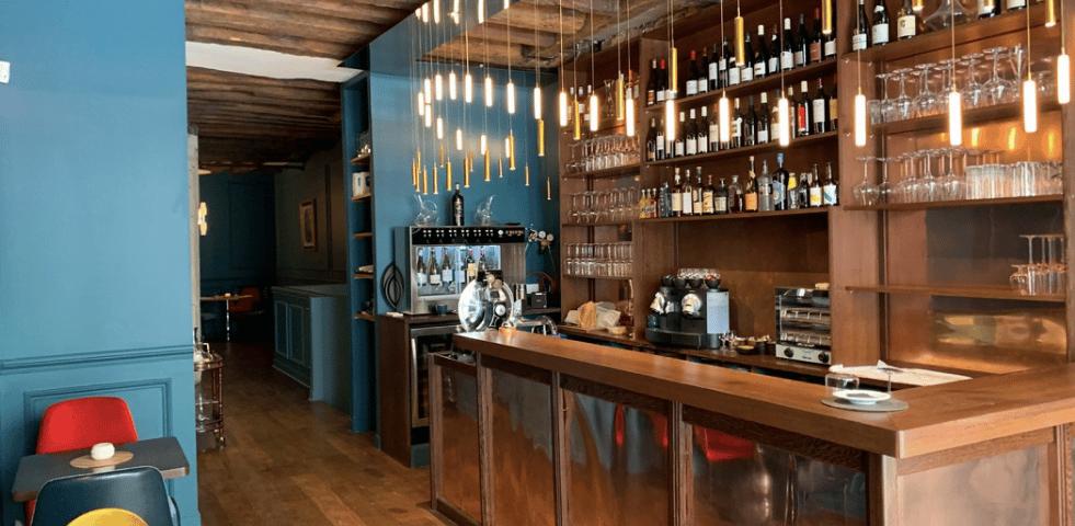 Assemblages bar a vins