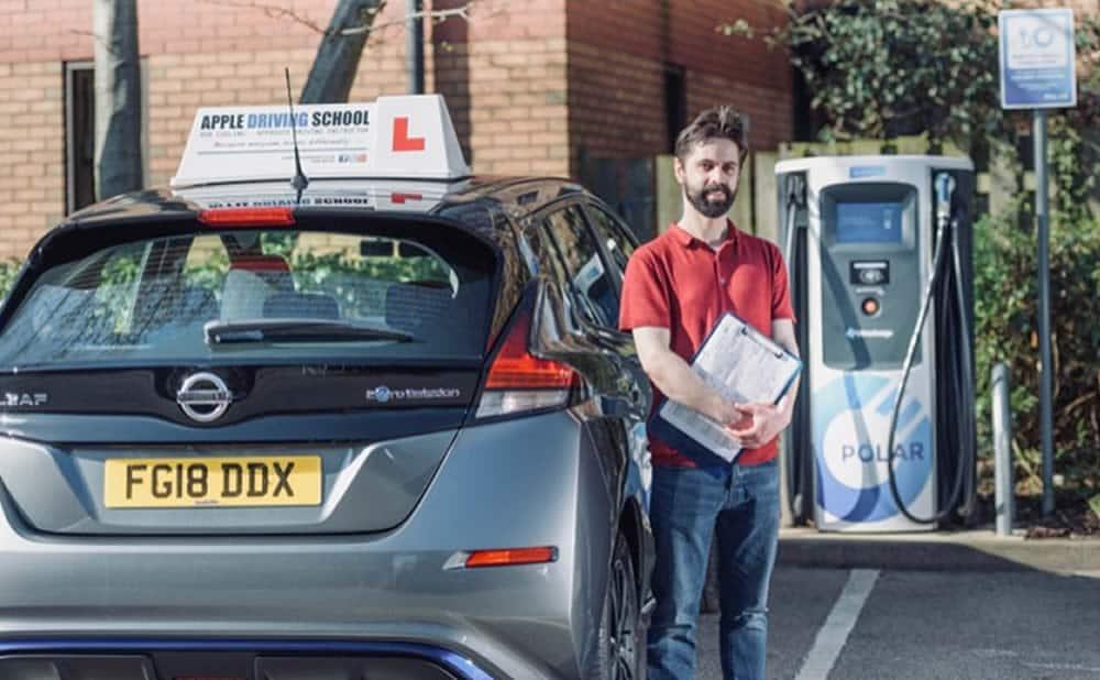 Permis de conduire BEA sur une voiture électrique