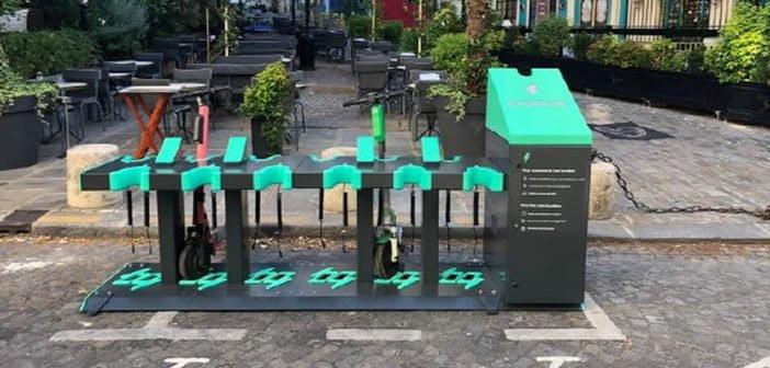 Stations de recharge pour trottinnettes électriques Charge