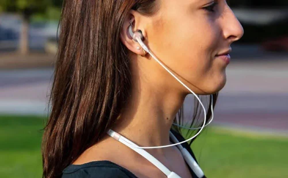 Guide pour choisir des écouteurs tour de cou