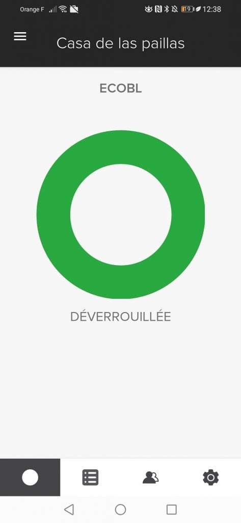 Ouverture serrure intelligente application Yale