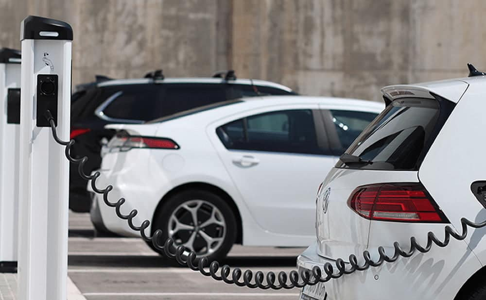 Emploi automobile innovation évolution