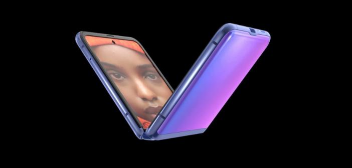 Smartphone pliable Samsung Galaxy Z Flip plié en v