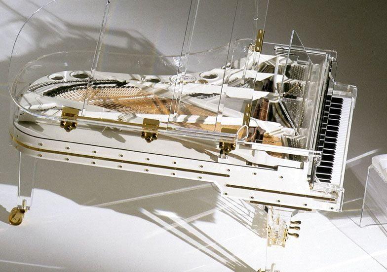 Le piano le plus cher du monde est un piano en cristal