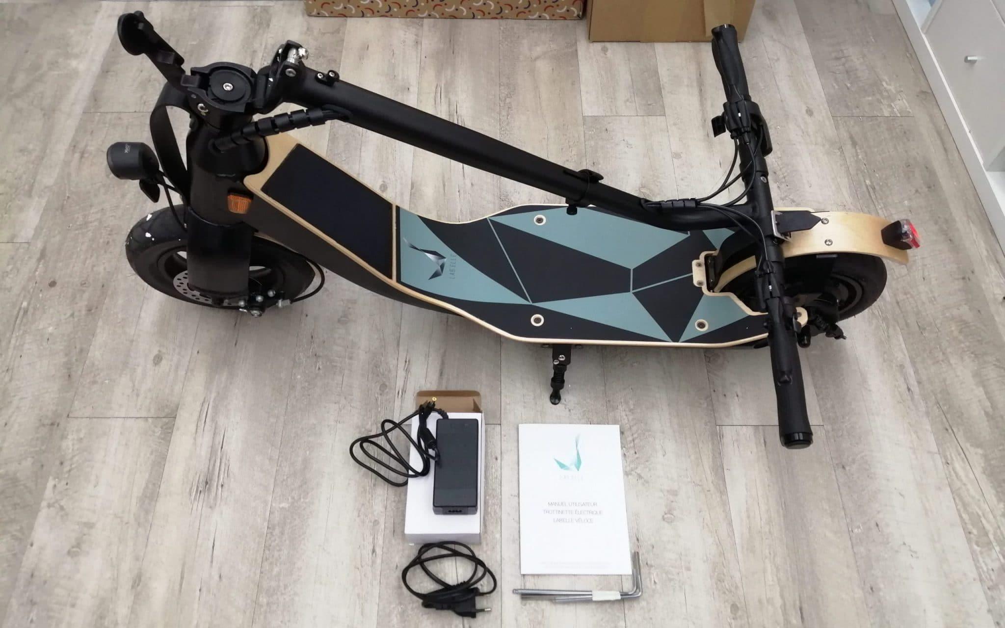 unboxing trottinette électrique lab'elle véloce