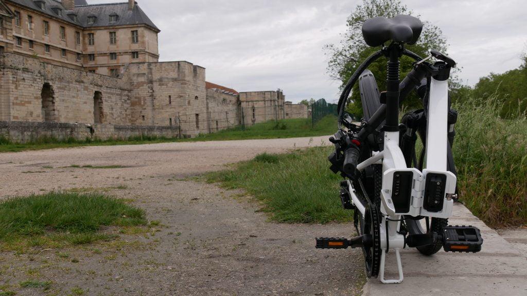 Vélo électrique Ado-A20 plié