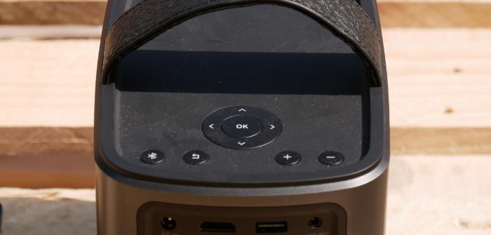boutons de contrôle vidéoprojecteur by Anker
