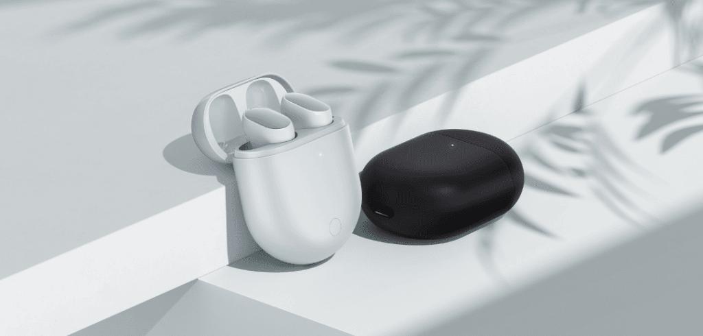 photo des écouteurs bluetooth Redmi buds 3 pro en coloris noir et blanc