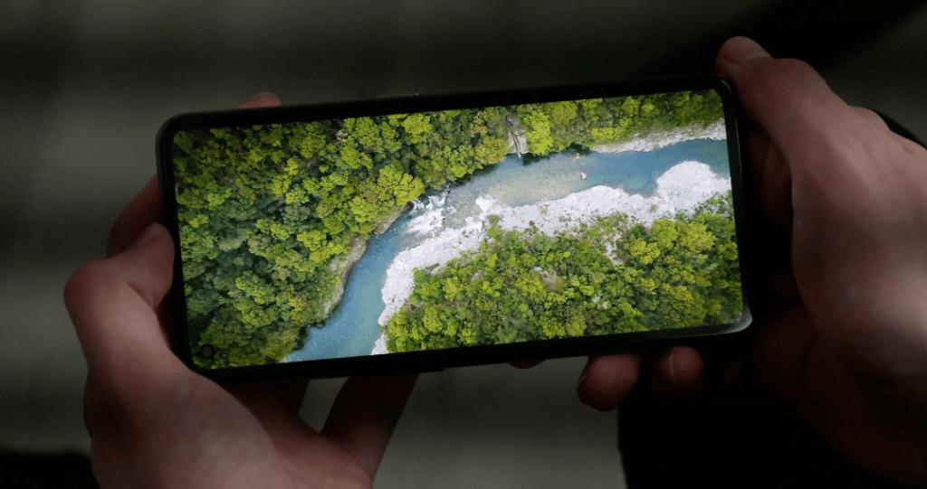 écran du smartphone Realme GT 5G