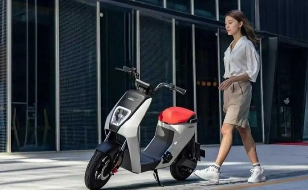 Honda U-Be scooter électrique à petit prix