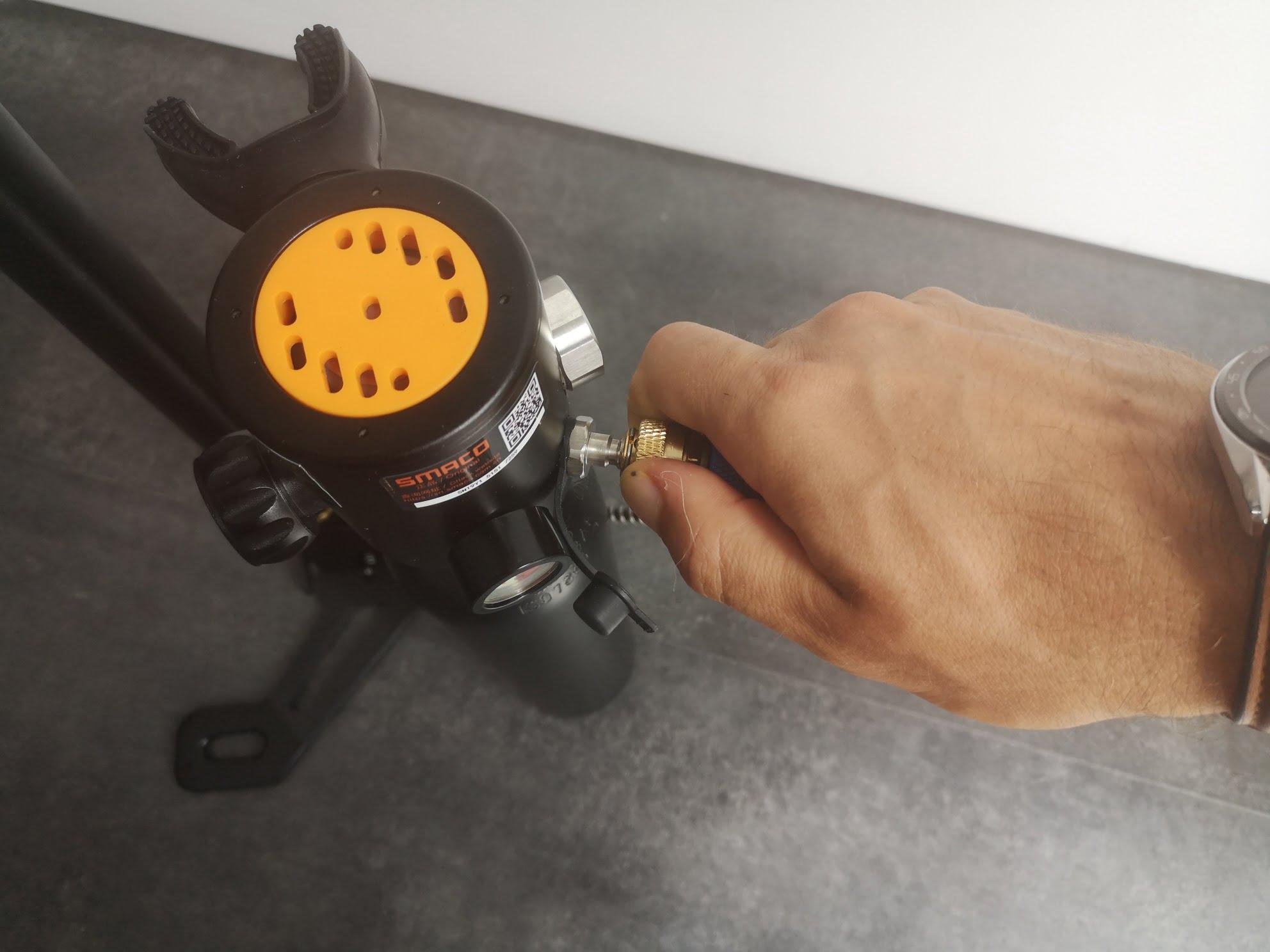 Test remplissage mini-bouteille d'oxygène S300+ Smaco